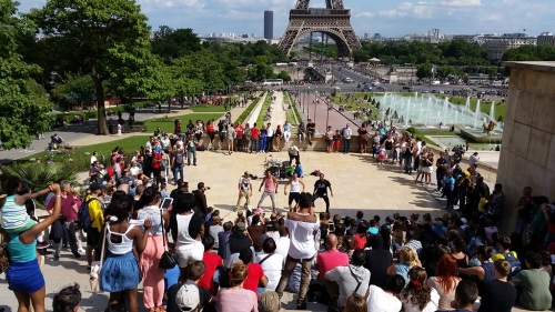 Street performance at Trocadero