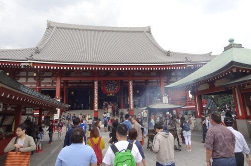The Hondo (main hall) of Senso-ji