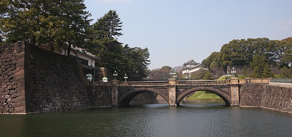Imperial Palace (photo from www.japan-guide.com )