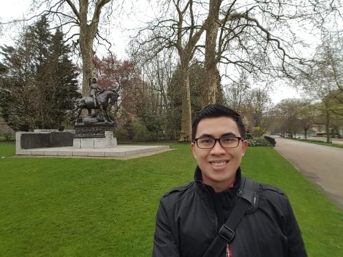 Morning walk at Hyde Park
