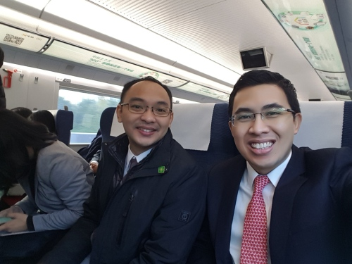 In the high speed train to Tianjin