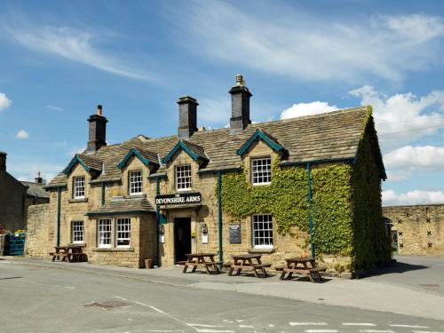 The Devonshire Arms Pilsley (photo from booking.com)