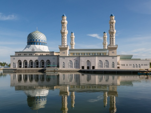 Kota Kinabalu City Mosque (photo from Wikipedia)
