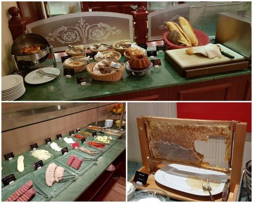 Breakfast at Sirkeci
