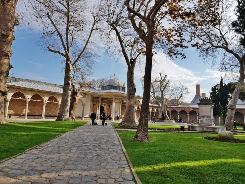 Main courtyard of Topkapı Palace